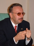 Arif Ahmet Denizolgun Kimdir?